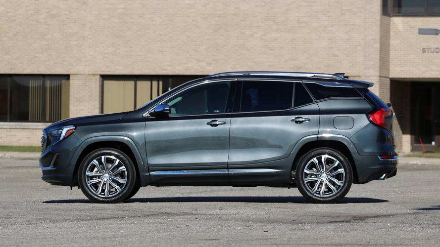 2018 GMC Terrain Denali: Review photo