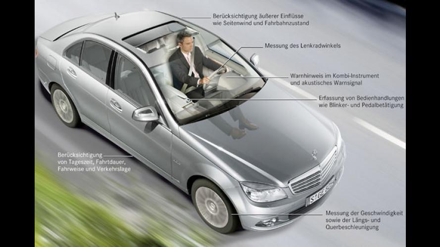 Frühwarnsystem von Mercedes schlägt bei Müdigkeit Alarm