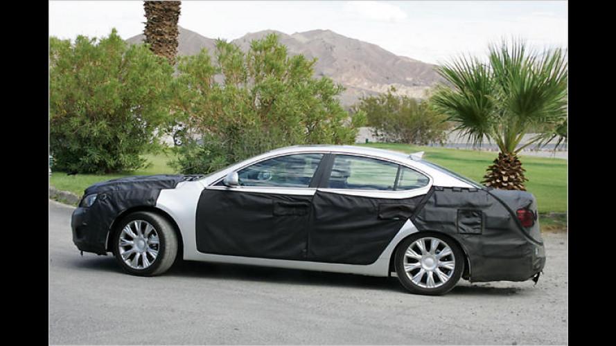 Kia VG: Erlkönig-Fotos von einer neuen großen Limousine
