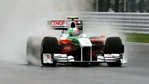 Vitantonio Liuzzi (ITA) Force India F1 VJM02. Formula One World Championship, Rd 15, Japanese Grand Prix, Practice Day, Suzuka, Japan, Friday 2 October 2009