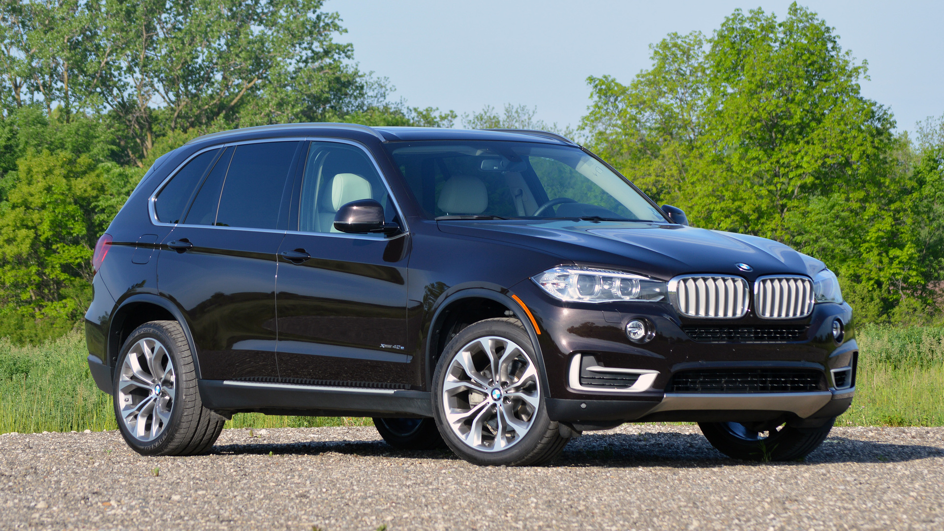 review 2016 bmw x5 xdrive40e. Black Bedroom Furniture Sets. Home Design Ideas