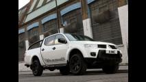 Mitsubishi L200 ganha série especial Barbarian Black no Reino Unido