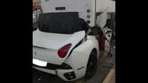 Motorista de Ferrari teve muita sorte ao escapar com vida deste acidente