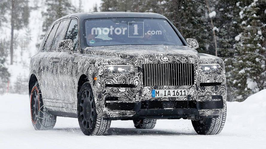 Rolls-Royce spied testing Cullinan against Range Rover