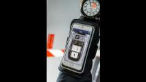 La prova di Bear Grylls della nuova Land Rover Discovery