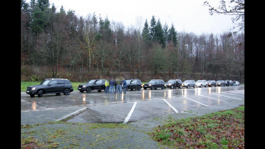 Gruppenbild mit Tarnung: GLK-Erlkönigtreffen im Regen