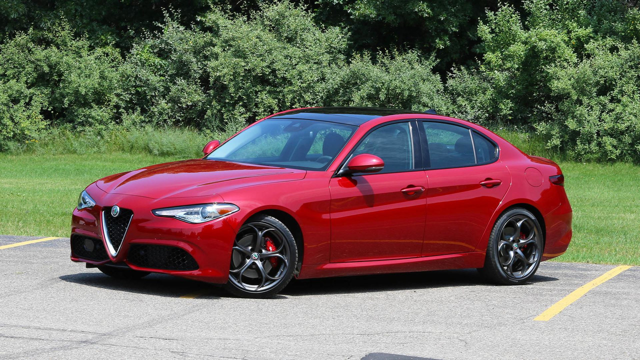 alfa romeo giulia likely getting 350 horsepower engine. Black Bedroom Furniture Sets. Home Design Ideas