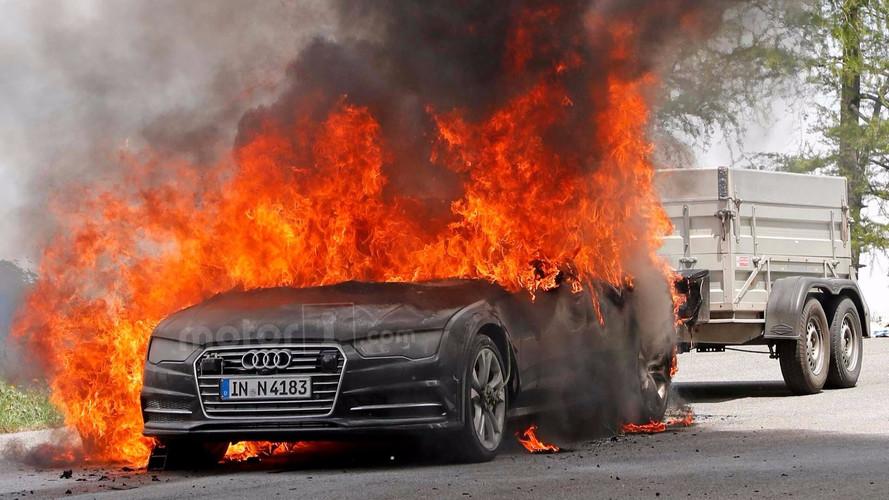 Audi A7 - prototype en feu