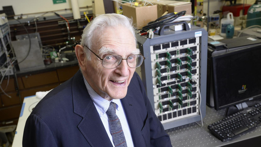 Lithium-ion inventor makes new breakthrough with solid-state battery