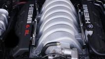 Chrysler 6.1-liter 425-horsepower HEMI V-8 engine