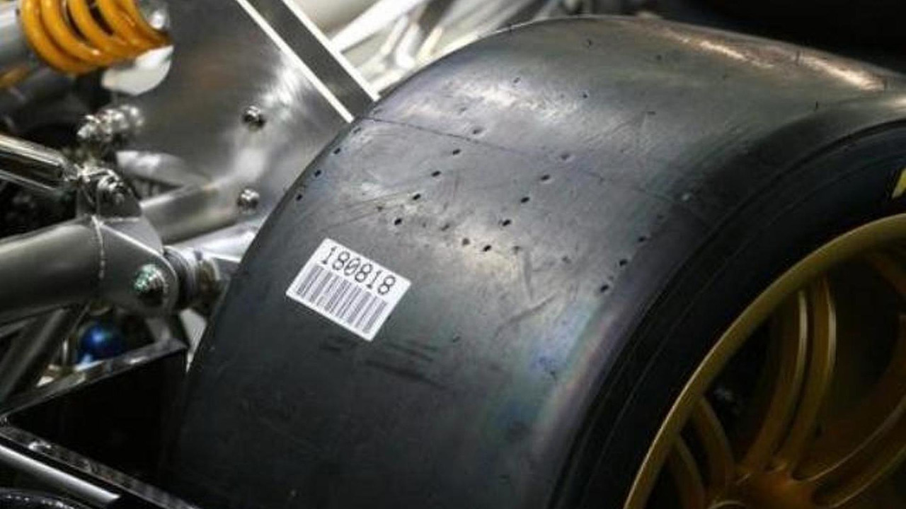 Pagani Zonda R race slicks - note tread depth wear indicator holes