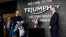 El Principe Guillermo de Inglaterra visita Triumph