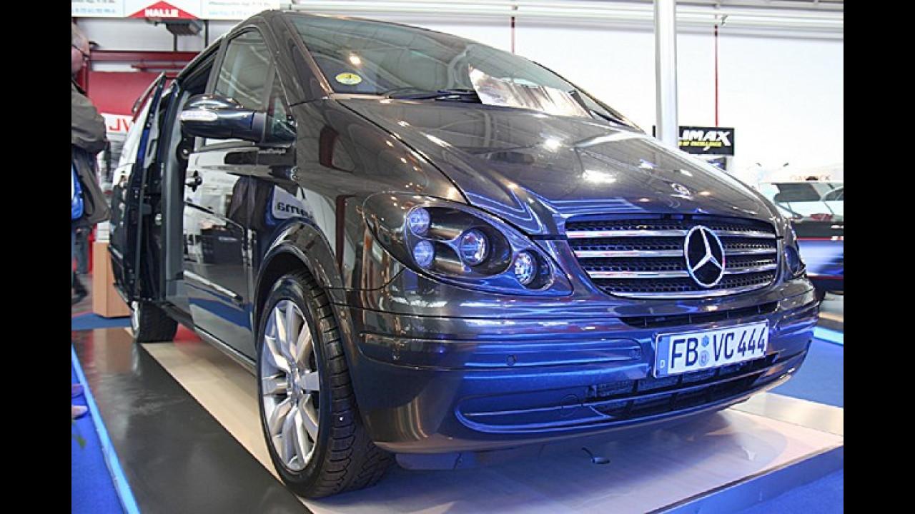 Von außen wirkt der Mercedes Viano noch recht unscheinbar