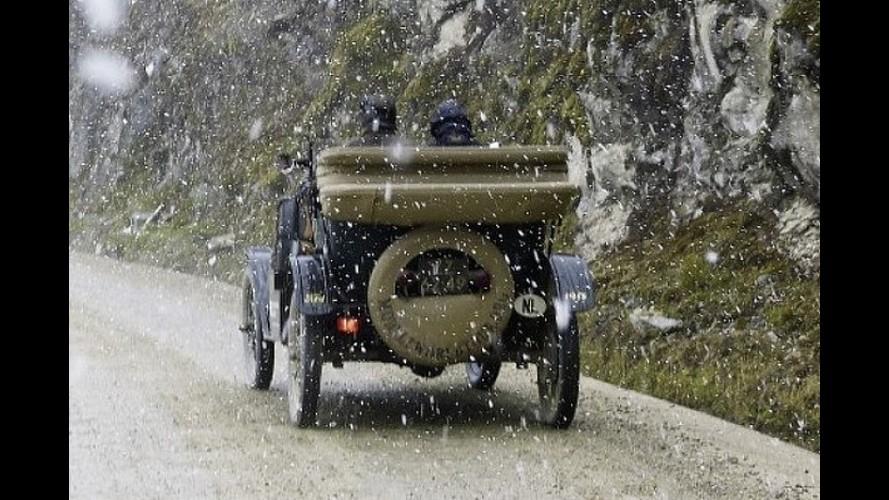 1915 Ford Model T ile dünya turu