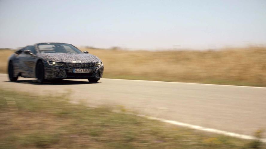Újabb ízelítőt adott a BMW az i8 Roadsterről