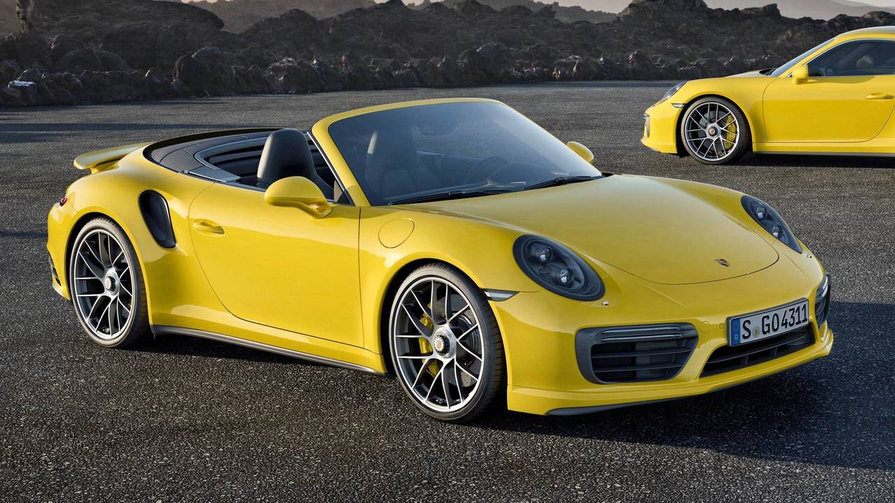 Porsche 911 Turbo S –205mph