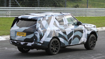 2013 Range Rover spied with interior details
