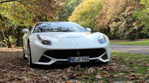 Ferrari F12 Berlinetta reaching 300 km/h on Autobahn in Germany video screenshot
