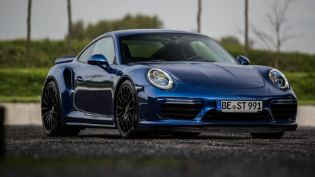Fastest Porsche 911 Turbo S Of This Generation Hits 213.86 MPH