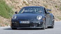 Makyajlı Porsche 911 GT3 casus fotoğrafları