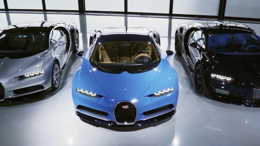 VIDÉO - Trois Bugatti Chiron livrées à leurs clients