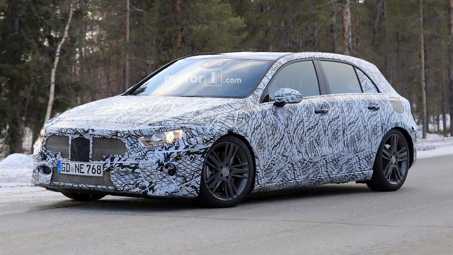 Yeni Mercedes-AMG A45 400 bg'den fazla güçle gelecek