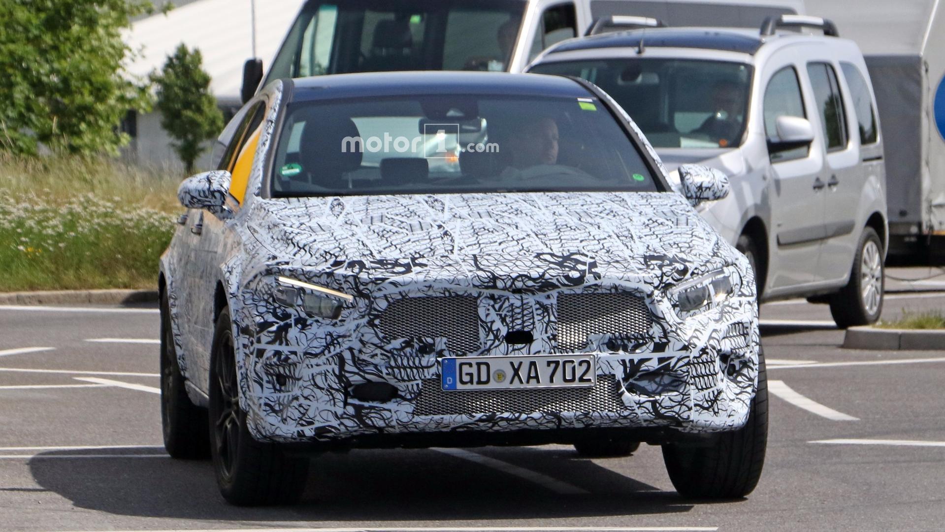 2020 Mercedes GLA II 16
