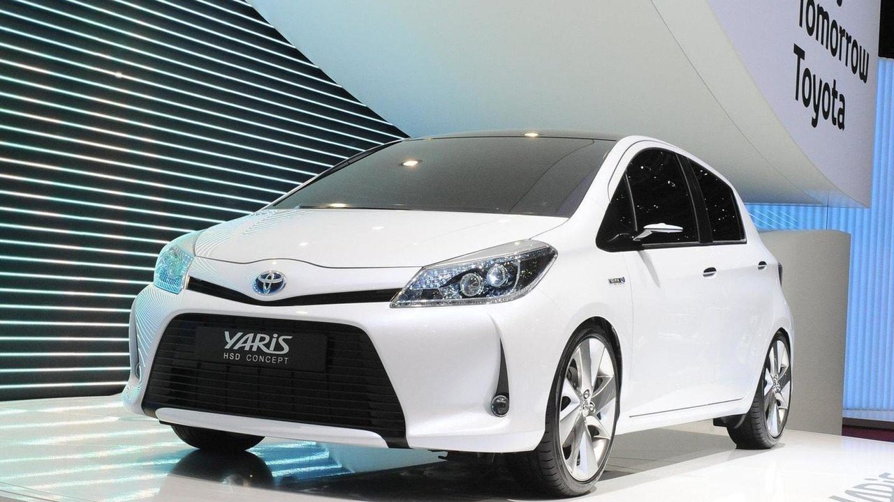 Toyota Yaris HSD Concept live in Geneva - 01.03.2011