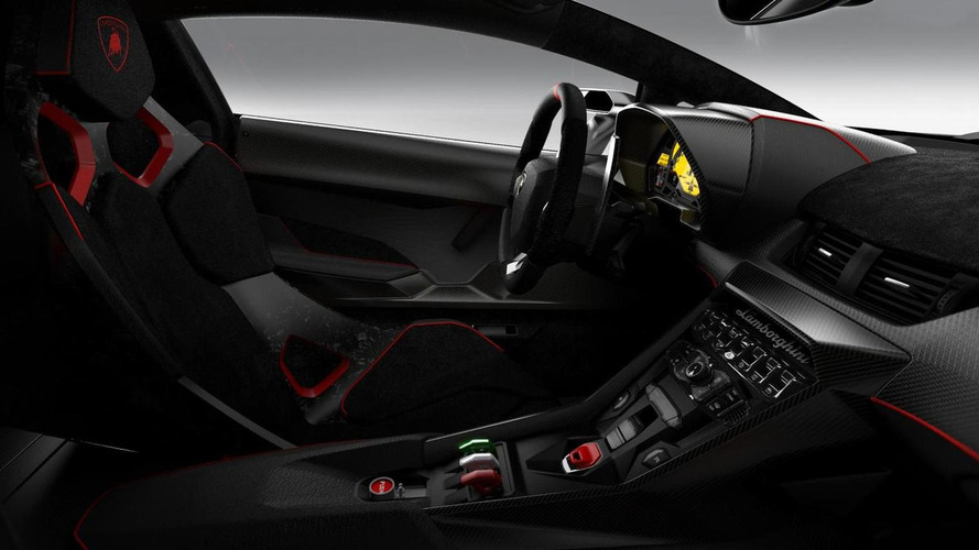 Lamborghini delivers the second Veneno to a customer in Miami [video]