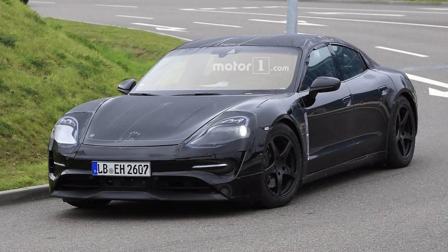 Porsche Mission E ilk kez üretim gövdesiyle görüldü