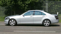 New S-Class by Mercedes-Benz Spy Photos W221