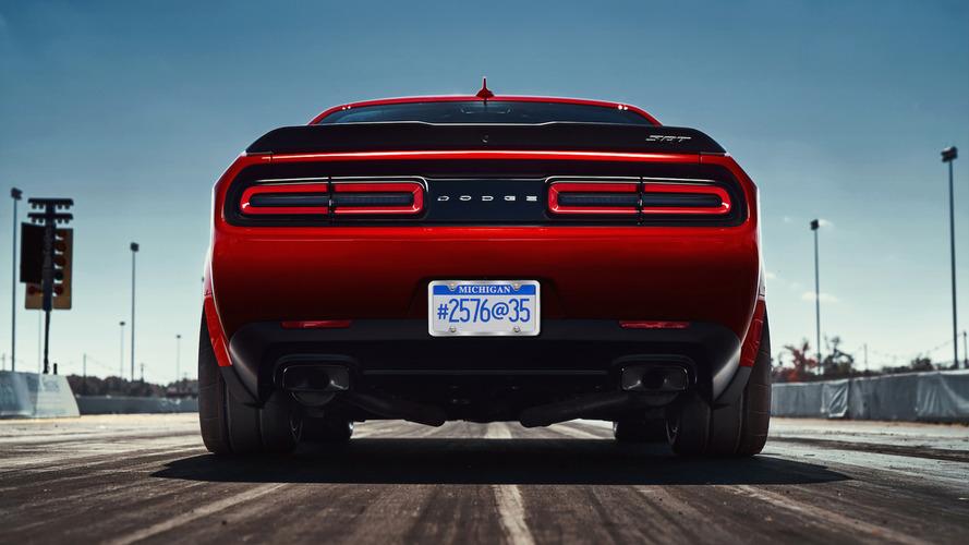 Több mint 1000 lóerős változat is készülhet a Dodge Challenger SRT Demonból