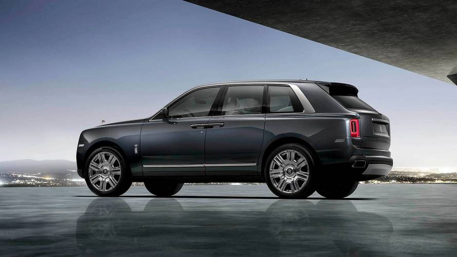 Rolls Royce Cullinan, le foto ufficiali