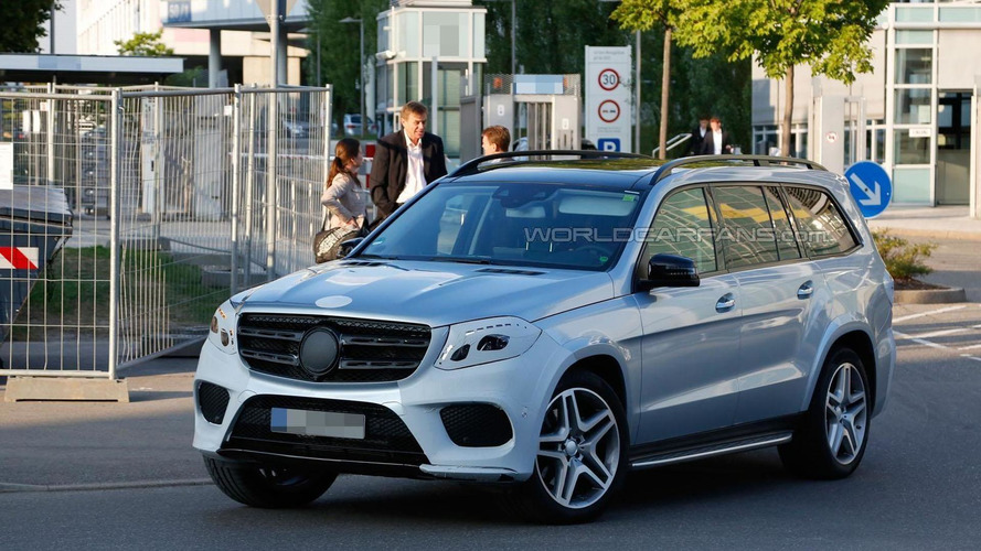 2016 Mercedes Benz GLS spied virtually undisguised