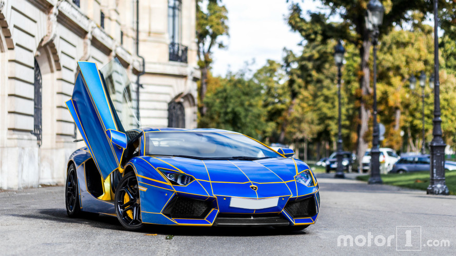 PHOTOS - Shooting d'une Lamborghini Aventador