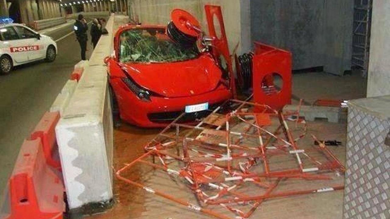 Ferrari 458 Italia crashed in Monaco