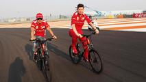 Felipe Massa with Rob Smedley 25.10.2012 Indian Grand Prix