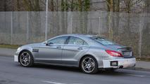 Makyajlı 2015 Mercedes-Benz CLS 63 AMG casus fotoğrafı