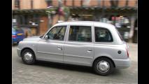 London Taxi fliegt ab
