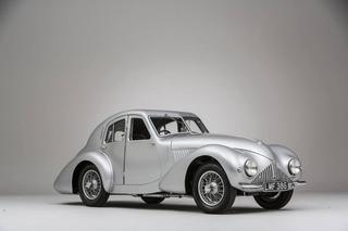 Crossing the Block: Aston Martin Atom Prototype