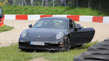 2015 Porsche 911 Turbo facelift crash spy photo