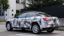 2016 Maserati Levante spy photo