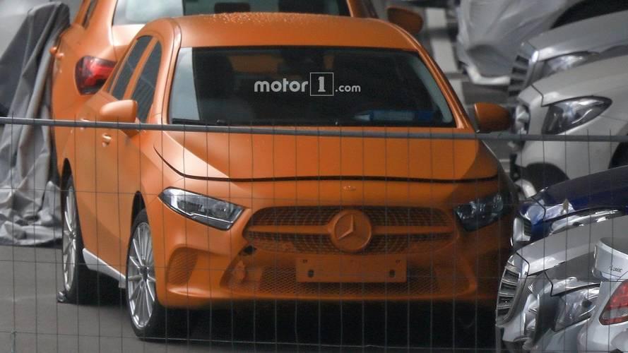 2018 Mercedes A-Class kamuflajsız casus fotoğraflar