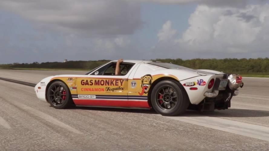 Récord mundial: un Ford GT preparado llega a 472 km/h