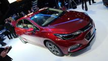Salão do Automóvel: Novo Cruze Sport6 2017 chega com design e acerto mais esportivos