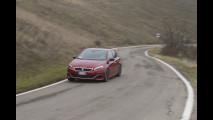 Peugeot 308 GTi, il bello delle curve