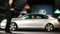 Third-Generation GS Luxury Sports Sedan Brings New Lexus Design to Market