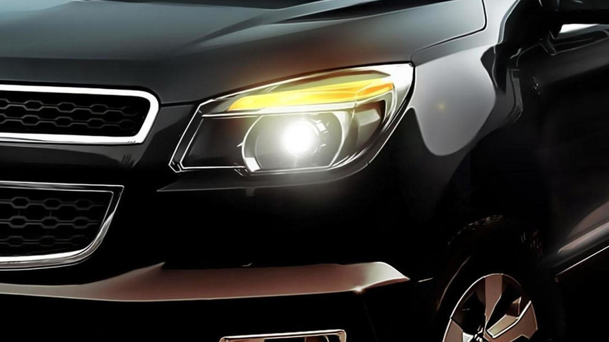 Chevrolet Colorado concept teased