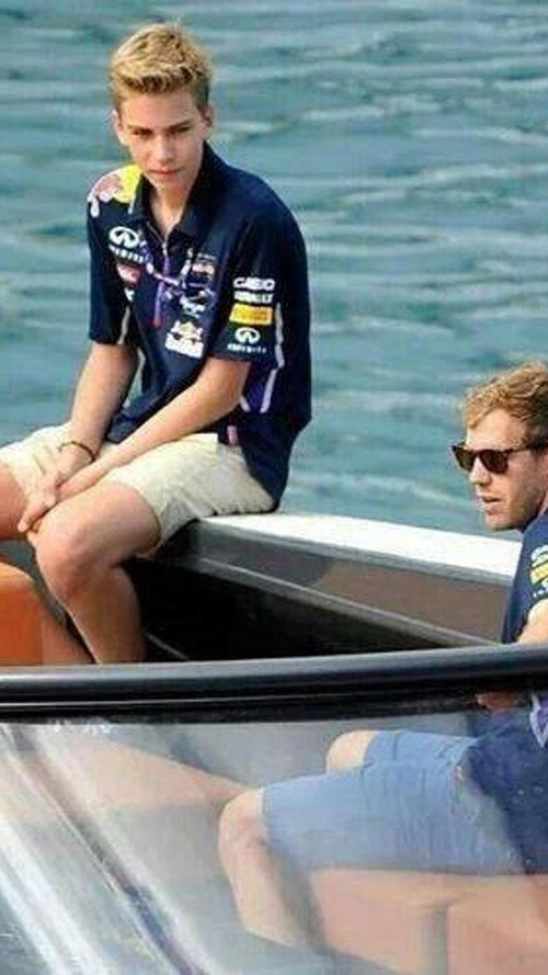 Vettel's younger brother starts racing career
