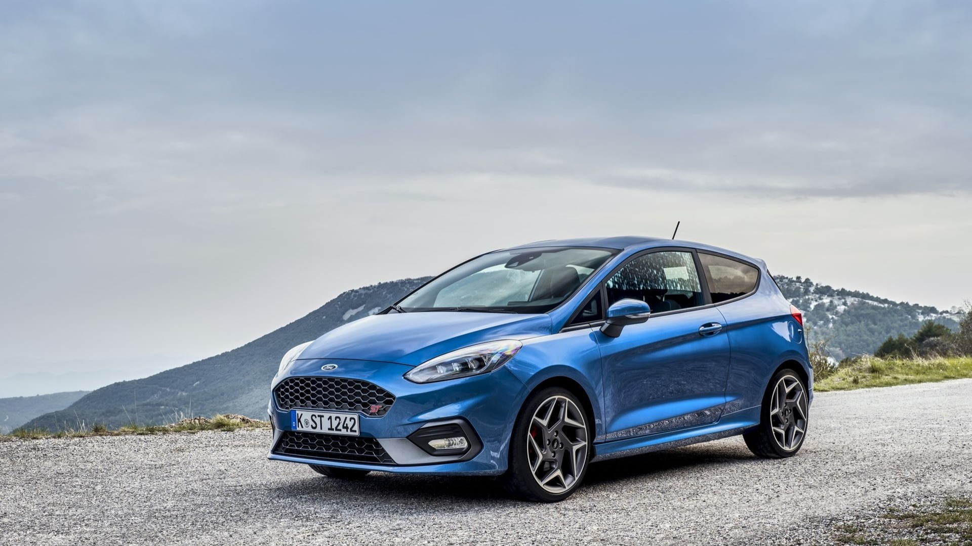 ford-fiest​a-st-2018.​jpg